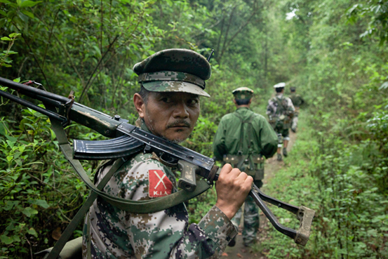 Photo : Kachin rebels on the northern Myanmar-Chinese border