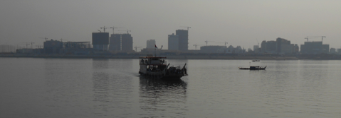 Photo : View of the Phnom Penh CBD from the Mekong River.