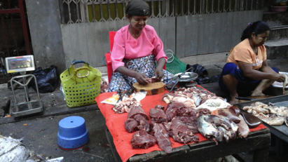 In Yangon, wet markets stalls selling beef are very scarce and hard to find. The beef price at this stall was AUD$8.77 per kg when this photo was taken in December 2015. Myanmar is the only country I have found where the price of beef can be the same or less than chicken and pork!